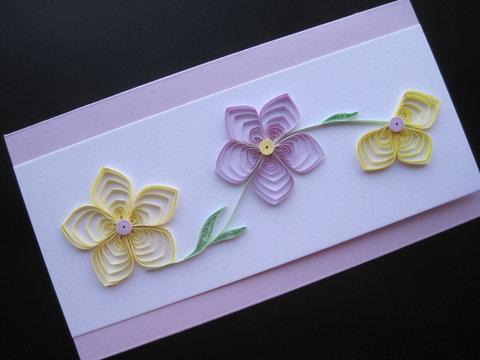 Открытка с цветами из бумаги — квиллинг
