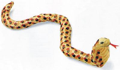 Объемная змейка из бумаги